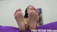 Feet Worshiping And Femdom Foot Fetish Porn
