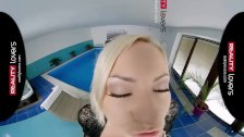 RealityLovers VR - Micas Pornstars Mansion Ep 3