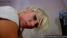 wonderful blonde girl threesome - friends of italianhotscout