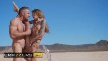 Top Verified Amater Kimber Veils Turns Pornstar In New Scene - Brazzers