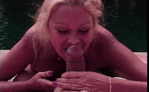 Blond mature doctor humping|230,094 views