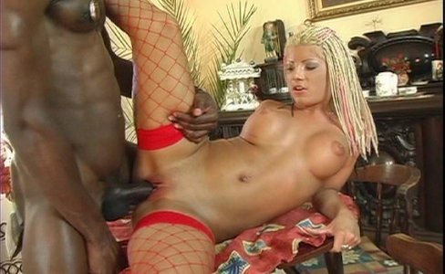 Big cock taking on some blonde|706,091 views