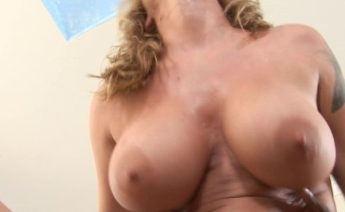 Nasty blonde MILF Kayla Quinn fucking cock|340,338 views