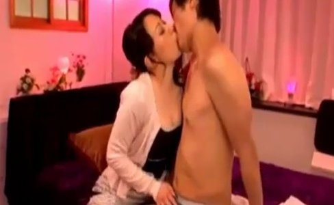 petite Daughter Hongkong Indian Hot Mom|645,046 views