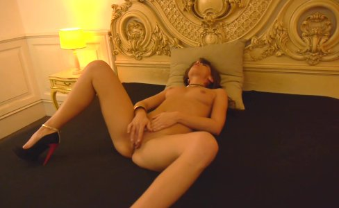 Teen Little Caprice mastrubate in Germany |18,099 views