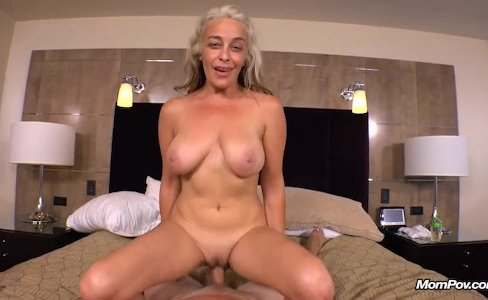 MILF Terry|194,936 views
