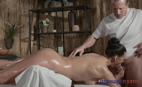 Massage Rooms Sexy Russian Milf cums hard |243,669 views