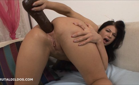 Kinky Helen anal gaped by big brutal dildos|25,789 views
