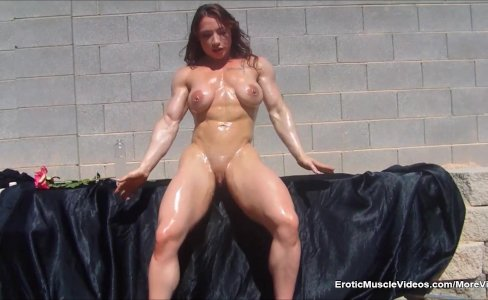 EroticMuscleVideos BrandiMae Ripped Oiled Bod|5,862 views