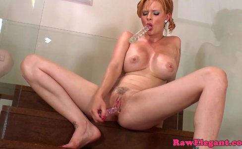 Tarra White dildofucking her pussy and ass|3,464 views