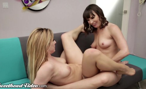 Dana DeArmond Strap Fucks Dahlia Sky|46,297 views