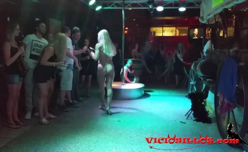 Sticky Star sex show in Benidorm|2,135 views