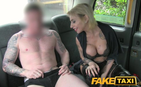 Fake Taxi Petite lady in sexy lingerie|938,275 views