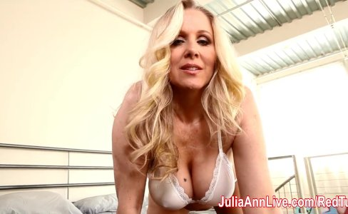 Julia Ann Lets Him Titty Fuck Her Big Tits!|105,114 views