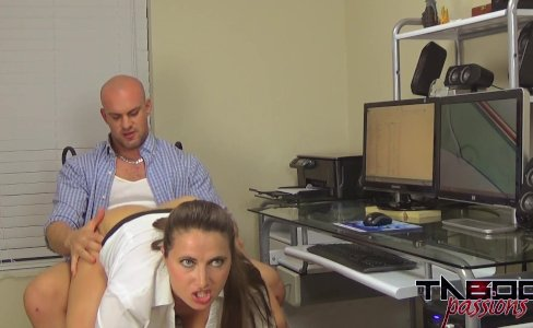 MILF Spys on Son in Show Hidden Cam|151,696 views