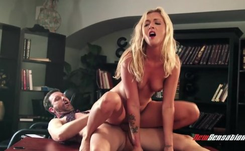 Karla Kush fucks her boss (HUUU)|35,434 views