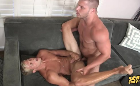 Brodie   Dusty  Bareback|63,346 views