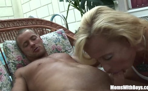 Blonde Mature Melissa Q Sucking And Fucking|80,872 views