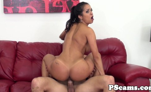 Webcam latina babe Abby Lee Brazil cockriding|36,905 views