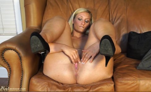 Blonde on casting couch fucked like a slut|146,765 views