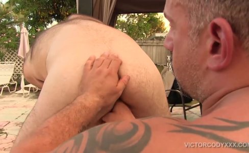 Jay Ricci Bareback Fucks Bubbie Kakes|9,661 views