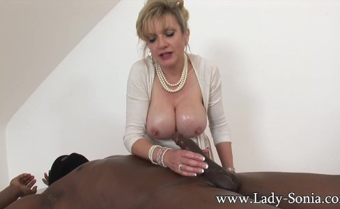 MILF Lady Sonia strokes HUGE black cock|109,267 views