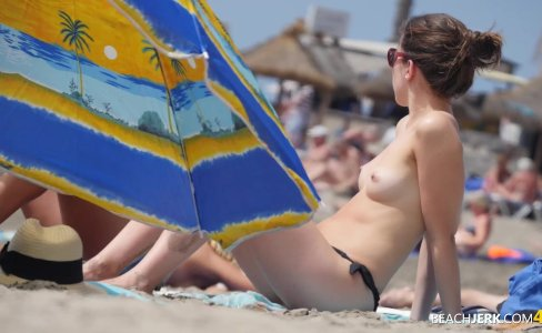 Perky Tits Brunette on Topless Beach|1,785 views