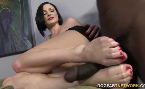 Veruca James pleases a BBC with her feet|18,738 views