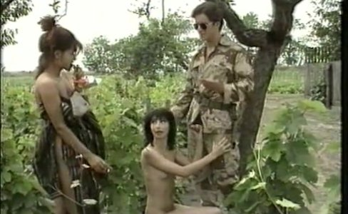 Grossi calibri al campo militare (1996)|52,724 views