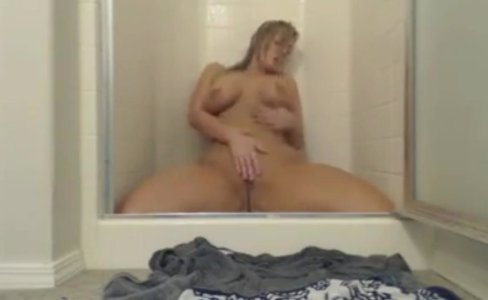 Chubby Housewife Molly cumming in shower|605 views