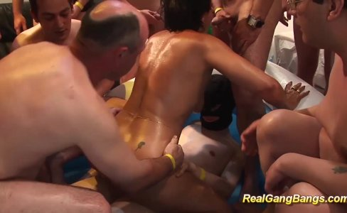 oiled moms first real gangbang|98,233 views