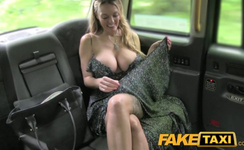 FakeTaxi Welsh MILF goes balls deep on new cabbie|864,881 views
