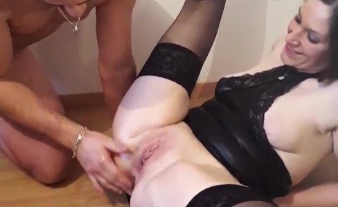 Squirt lanalou clio se fait doi 720camscom|1,200 views