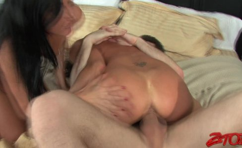 Michelle Lay And India Summer Threesome|40,193 views