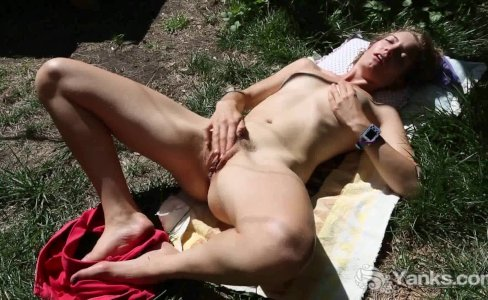 Slim Kara Masturbating Outdoors|2,177 views