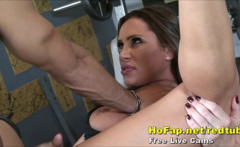 Big Tits Milf Wife Fucks Young Gym Instructor|41,774 views