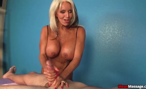 Experienced lady dominant handjob|86,536 views