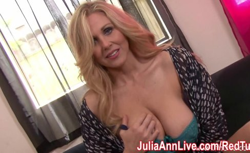 Kinky Milf Julia Ann plays with Nipple Clamps!|47,036 views