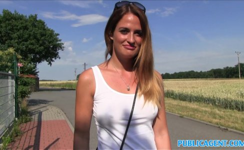 PublicAgent Model gets fucked while her big tits bounce in the sunshine|382,911 views