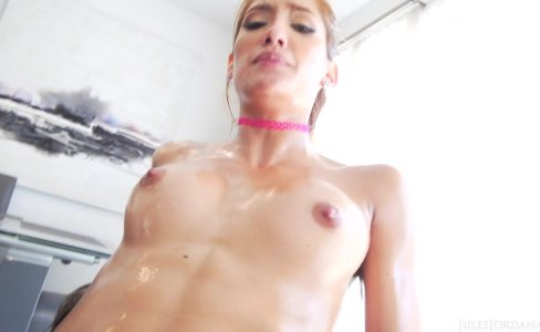 Chloe Amour Oiled And Fucked|14,580 views