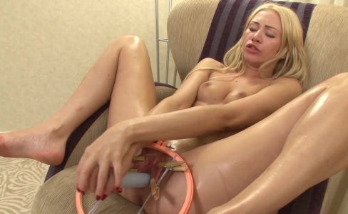 Stretched Pussy  Free Blonde - Visit my profile for more videos!|17,870 views