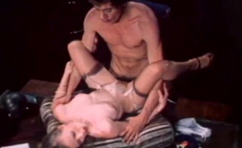 Classic Babe In Vintage Sex Film|16,534 views