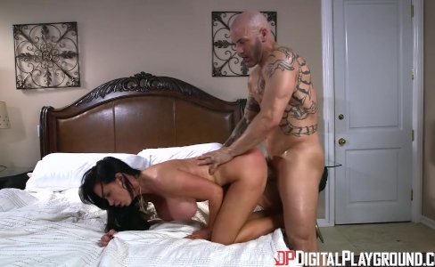 Digital Playground- Nikki Benz Fucks Her Bodyguard|21,718 views