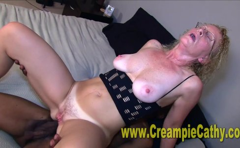Sloppy BBC Creampie Compilation|248,777 views