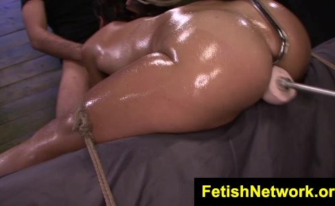 FetishNetwork Valentina dungeon sex slut|56,147 views