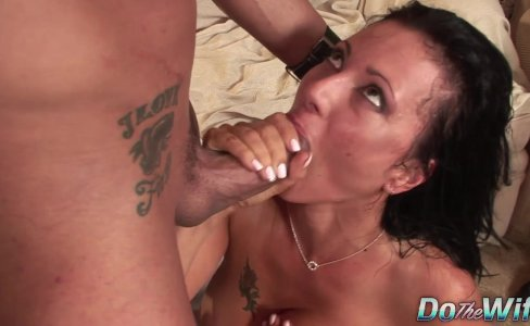 Wife Zoey Takes Dick|15,032 views