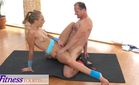 FitnessRooms Ivana Sugar has a full body and pussy stretch with trainer|47,184 views