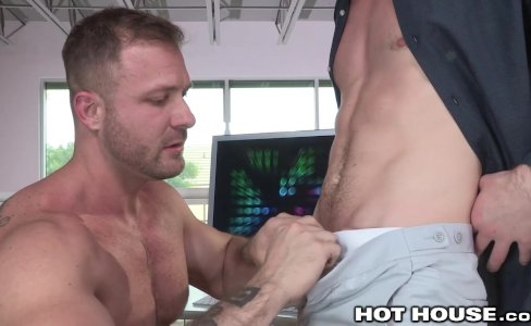 HotHouse Office Huge Cock Hookup|25,577 views