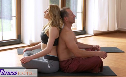 FitnessRooms Dirty yoga teacher on gorgeous fitness model|86,356 views