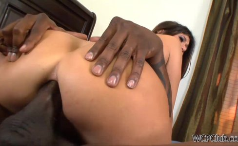 Anal Milf surprised by BBC|32,190 views